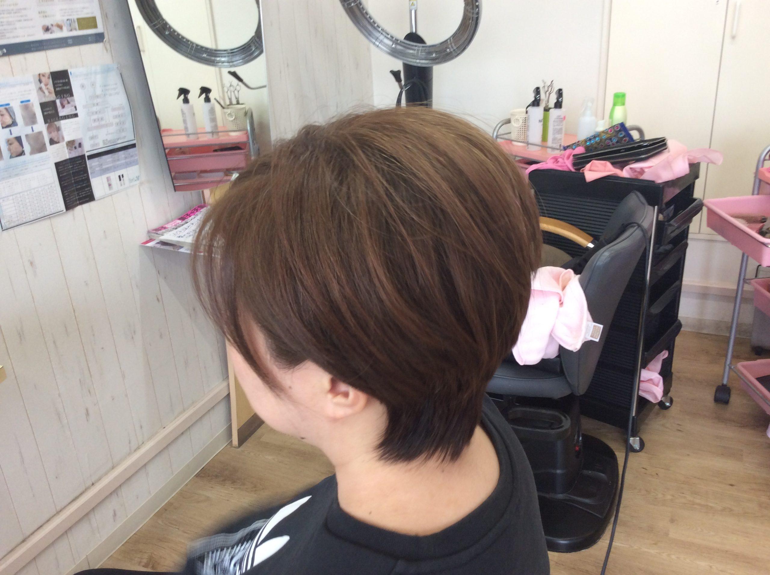 くせ毛のためのキュビズムカット