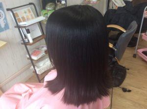 美髪再生ストレートでサラサラ、ツヤツヤ