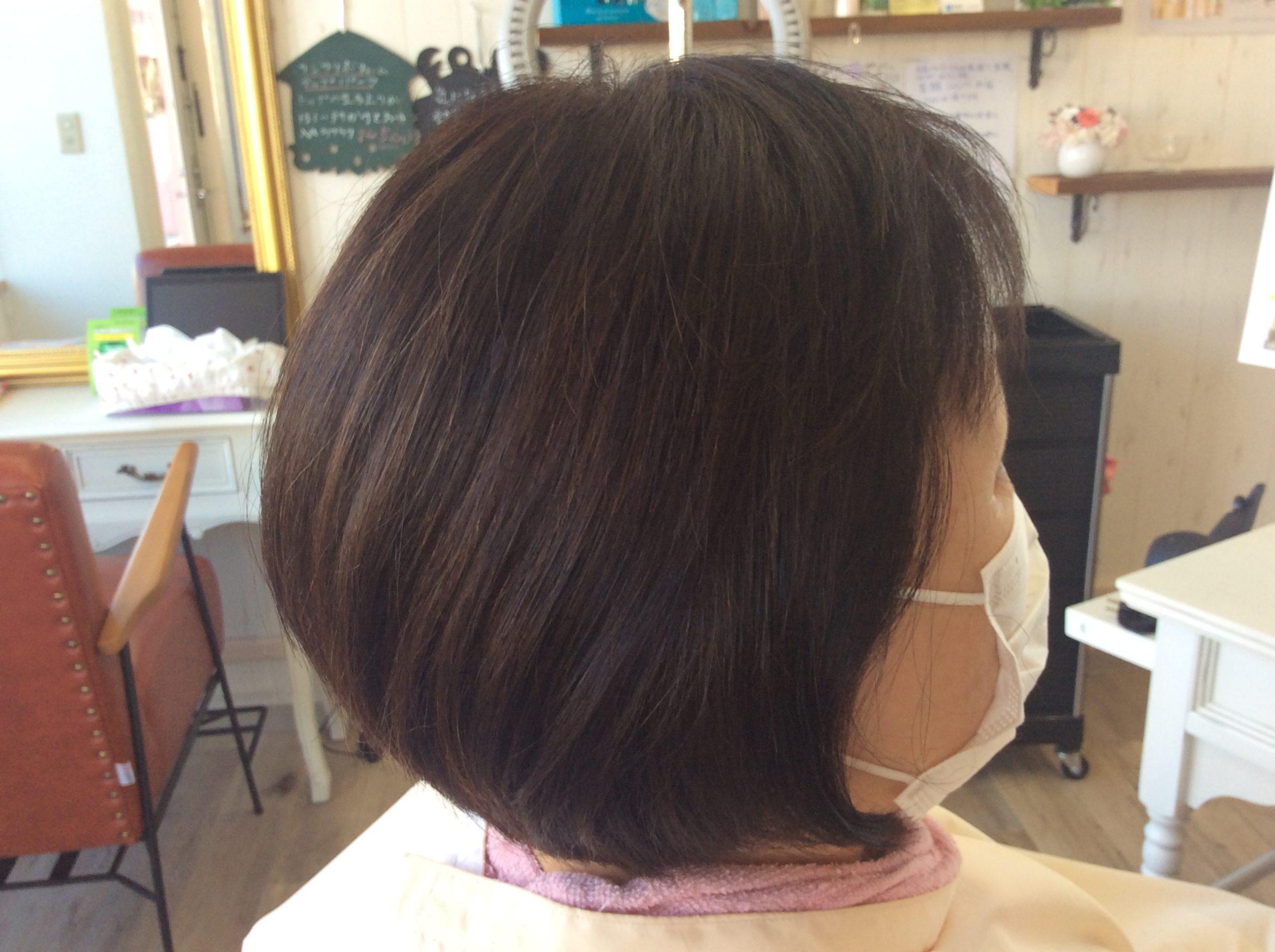 傷んだ髪にエンジェリックケアと美髪再生カラー