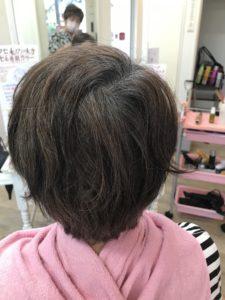 TOPに欲しいボリュームアップをエンジェリックケアで髪の傷まない白髪染めでツヤツヤ