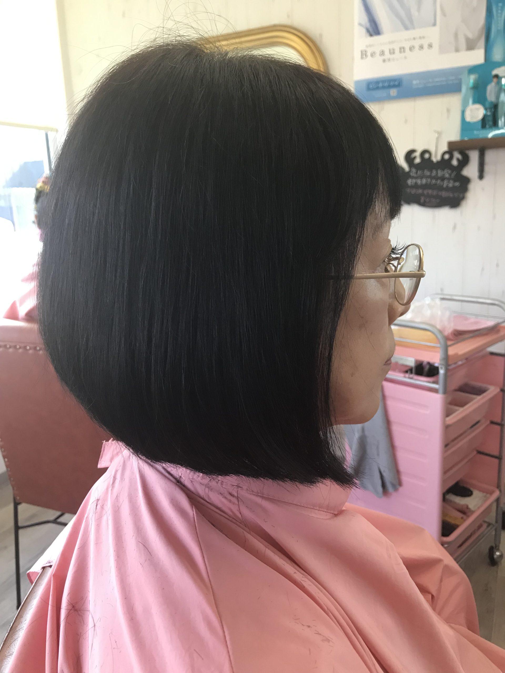 くせ毛専用カラーとエンジェリックケアでくせげおさまりました。